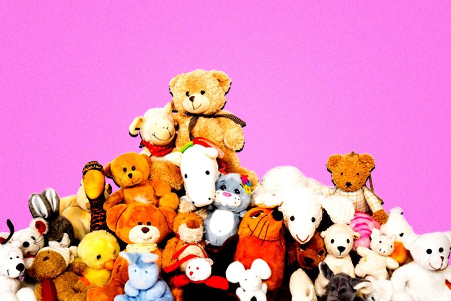 bdf2225a166 The Surprisingly Non-Creepy Reasons So Many Adult Men Still Sleep With a  Stuffed Animal