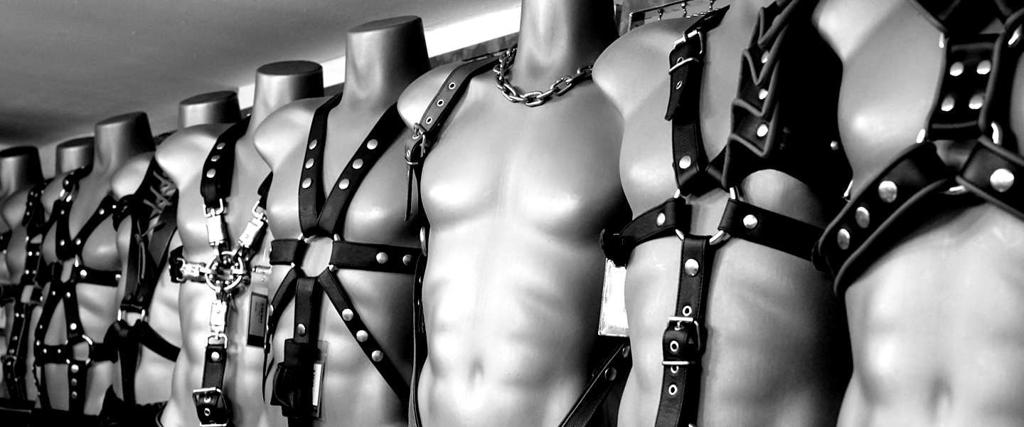 Bdsm Dungeon i'm the only male dom at an all-female bdsm dungeon