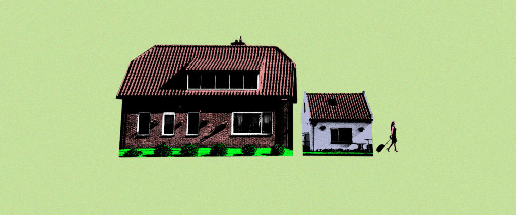 If Your Neighbor's House Is Bigger Than Yours, Your Relationship Might Be in Trouble