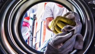 Coronavirus_Washing_Clothes