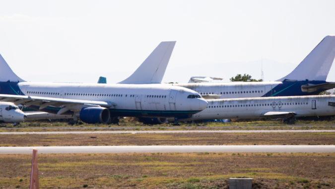 Flying_Danger_Airplanes_Coronavirus