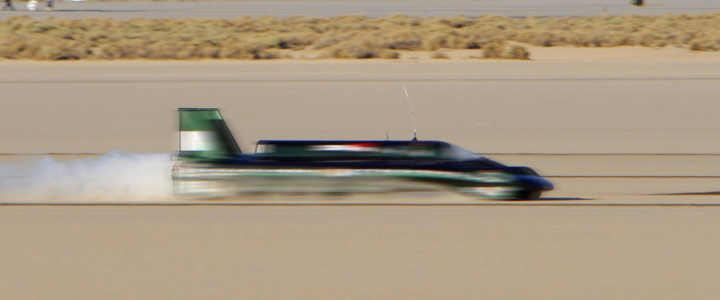 The Drivers Fiending For Flow State At 700 Miles Per Hour
