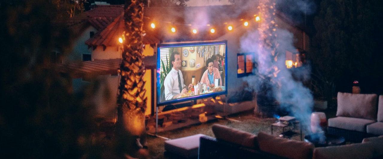 Everything_You_Need_Backyard_Movie_Night