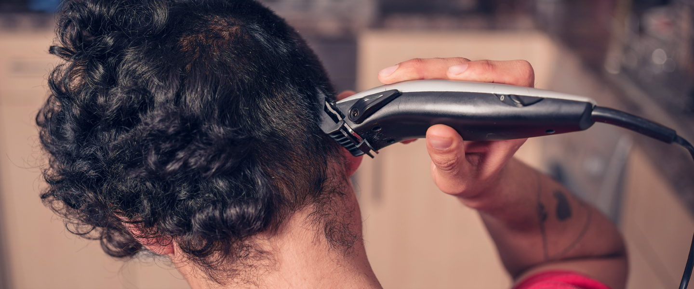 Horror_When_Boyfriend_Shaves_His_Head