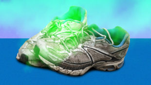 Getting_the_stink_out_of_running_shoes