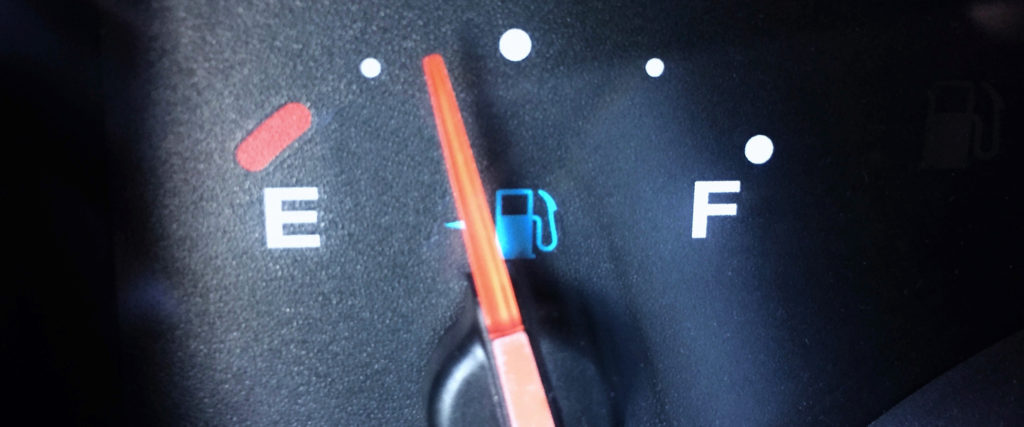 Is It True That I Should Always Drive on a Fuel Tank of Gas?
